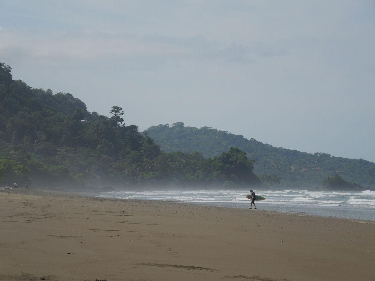 Dominical beach costa rica