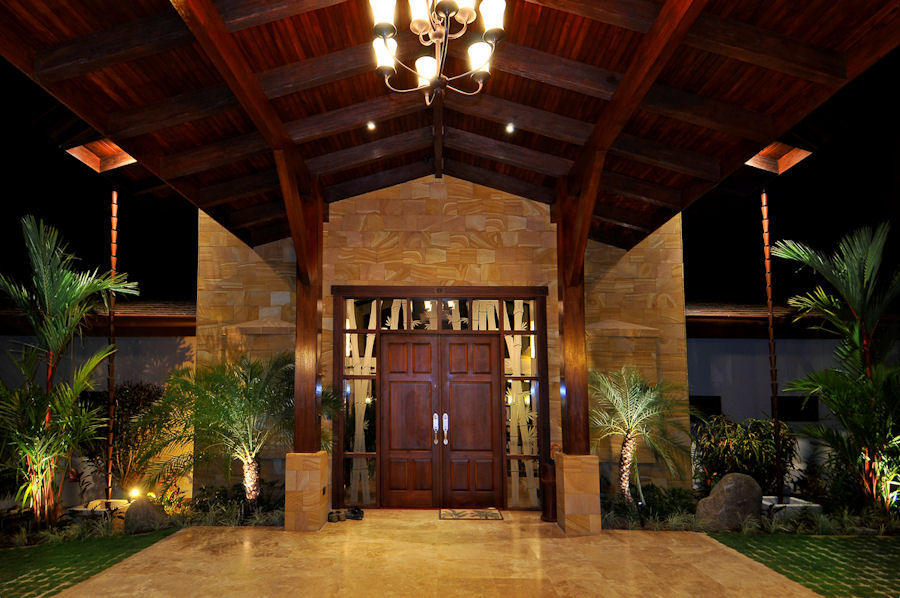 Casa big sur fractional ownership luxury home costa for Large front doors for homes