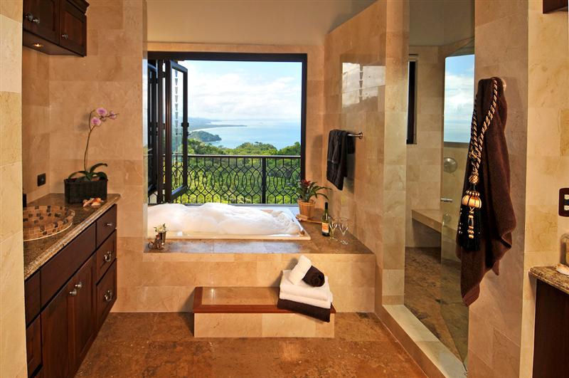 Casa big sur fractional ownership luxury home costa for Huge master bathroom